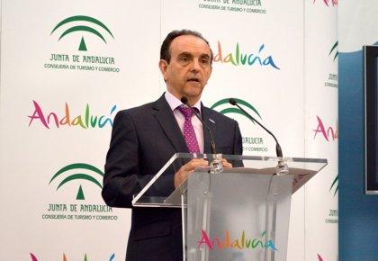 Turismo.- La Junta insiste en que no se puede esperar a agosto para desbloquear los convenios de hostelería pendientes
