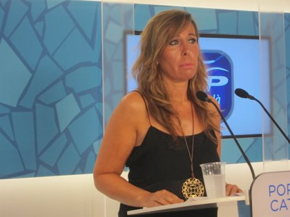"""Camacho ofrece a Iceta trabajar juntos """"contra el desafío independentista"""""""
