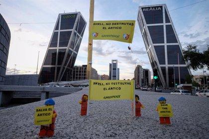 Greenpeace exige a Lego que rompa su relación con Shell por los planes de la petrolera en el Ártico