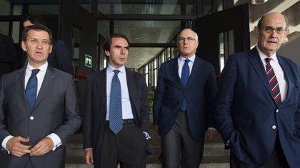 """Feijóo defiende que él ganó """"unas primarias"""" y le dice al PSOE que el """"copyright"""" de esta fórmula es del PP"""