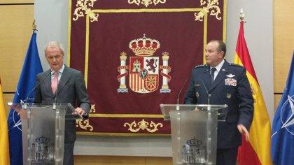 """Morenés evita polemizar sobre la propuesta de un Ejército catalán y la OTAN dice que se trata de una """"cuestión interna"""""""