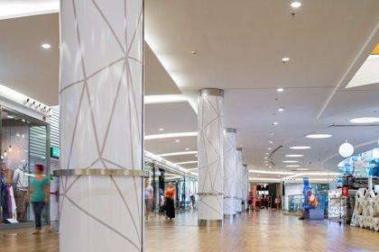 La inversión en centros comerciales se dispara un 69%, hasta 1.423 millones, en el primer trimestre