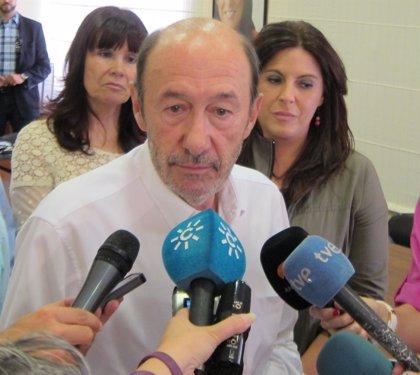 """Rubalcaba pide un voto """"masivo"""" el día 13 y no se decanta por un candidato al ser """"el secretario general de todos"""""""