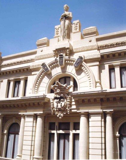 Los notarios denuncian disfunciones porque los registradores no les permiten el acceso a sus libros