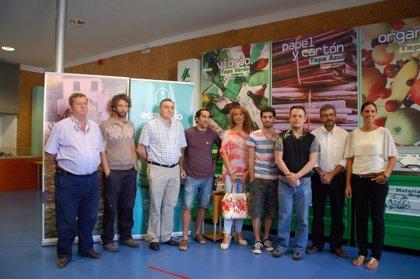 Sadeco y Ecovidrio premian a las casetas que más vidrio han reciclado durante la Feria 2014