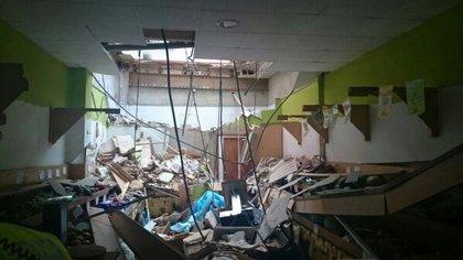 Dos mujeres heridas tras el derrumbe parcial del techo de una frutería en Torrent
