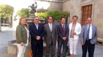 """Senadores de PNV abordan con Mas los pasos que dará Catalunya en  próximos meses y la """"inmovilidad"""" del Gobierno del PP"""