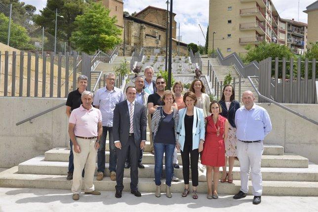 Yolanda Barcina visita renovación de calles en Estella.