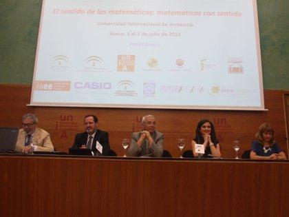 """La Junta destaca su """"apuesta por impulsar la enseñanza de matemáticas"""" en la inauguración del congreso de Baeza"""