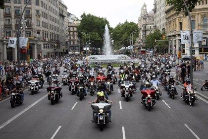 Más de 12.000 Harley-Davidson recorren las calles de Barcelona