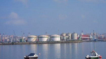 El Puerto de Santander mueve 53.337 toneladas y 7.300 vehículos