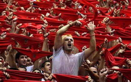 De dónde viene la tradición del pañuelo rojo y otras curiosidades sobre San Fermín