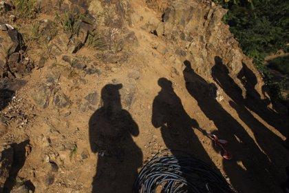 Retoman las labores de rescate de los ocho mineros atrapados en Honduras