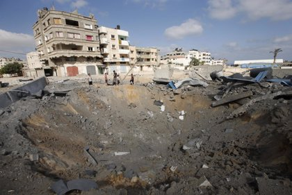Dos palestinos muertos en un ataque de la aviación israelí en Gaza