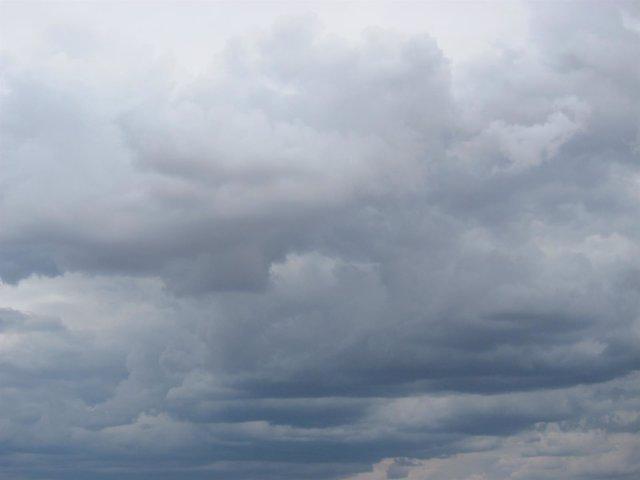 Nubes De Tormenta, Temporal, Lluvia (Archivo)