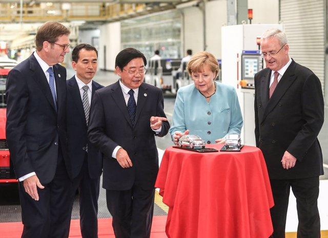 Visita De Angela Merkel A La Planta De Volkswagen En Chengdu (China)