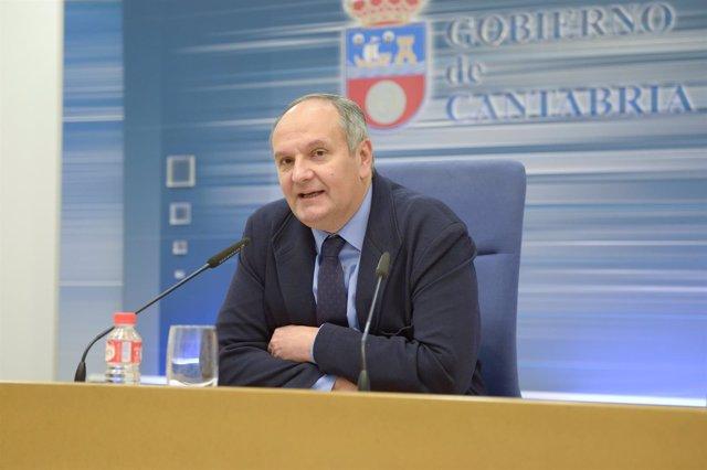 Javier Fernández, consejero de Medio Ambiente