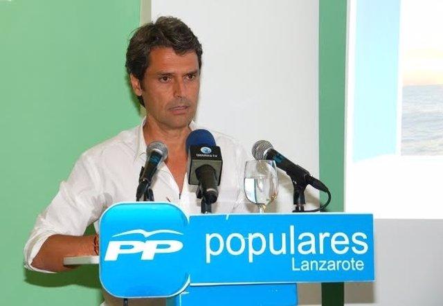 Enrique Hernández Bento