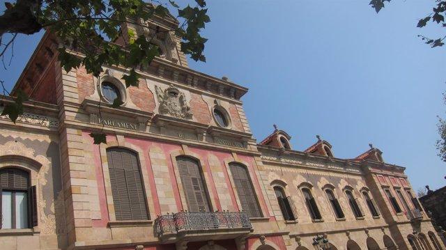 Fachada del Parlament de Catalunya (Archivo)