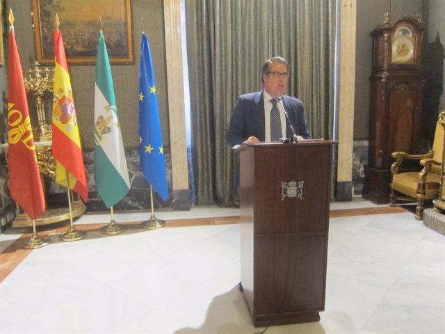El concejal delegado de Empleo del Ayuntamiento de Sevilla, Gregorio Serrano