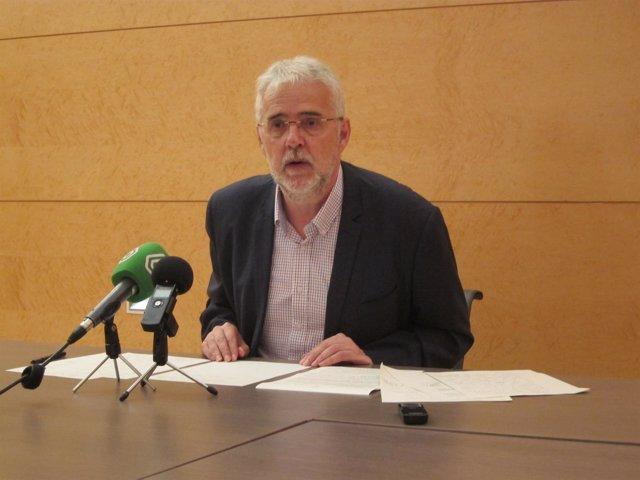 Francesc Signes durante la rueda de prensa