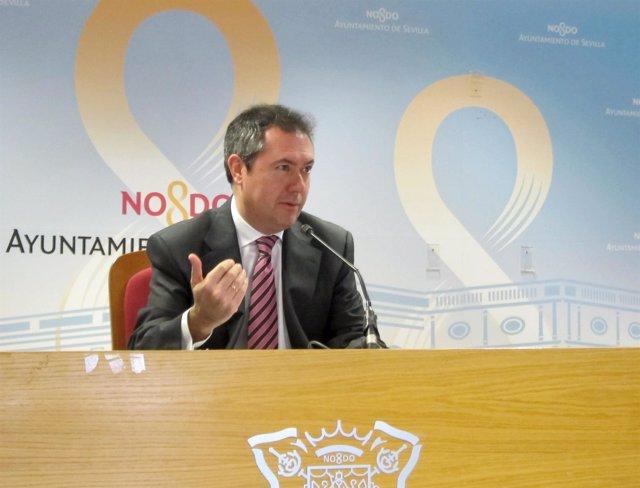 El portavoz del PSOE en el Ayuntamiento de Sevilla, Juan Espadas