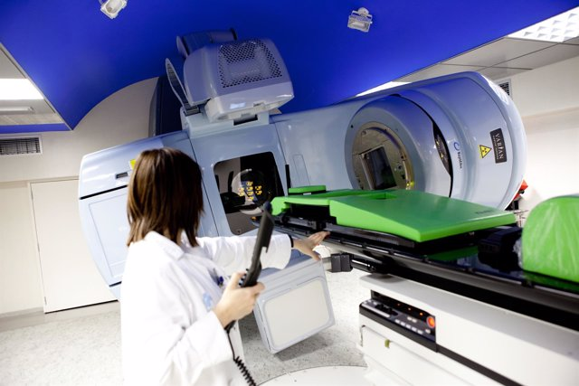 El Hospital Arnau de Vilanova de Lleida ha adquirido con ayuda de la Diputación