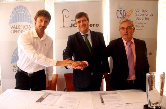 Ferrero y Cardenal colaborarán para fomentar el tenis entre escolares