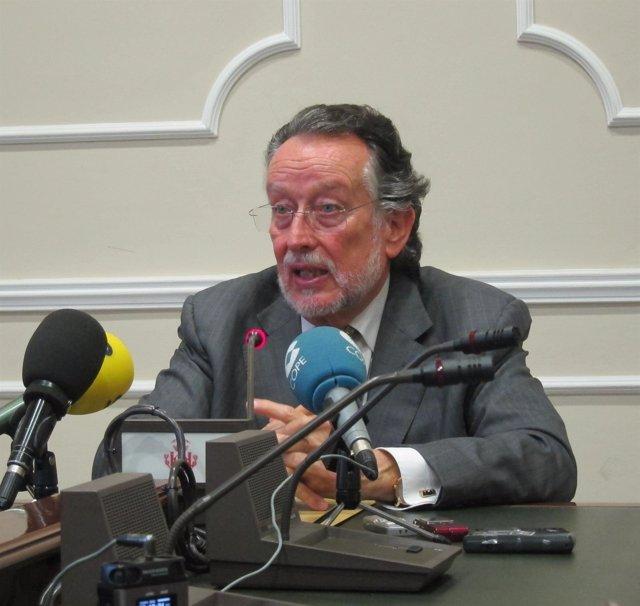 Alfonso Grau en la rueda de prensa
