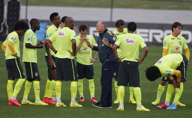 Luiz Felipe Scolari en un entrenamiento