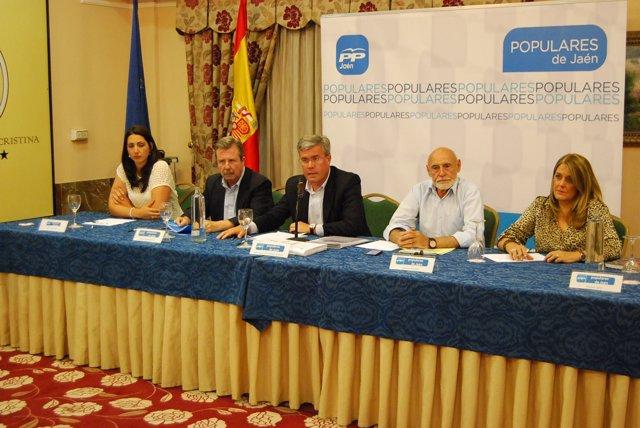 Reunión de la Junta Provincial del PP de Jaén celebrada este lunes