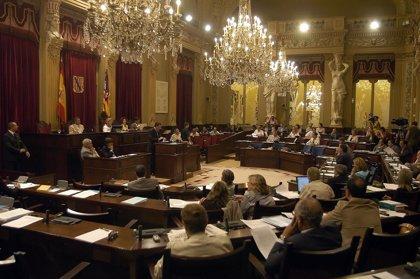 La Diputación Permanente rechaza la petición de la oposición de celebrar el pleno extraordinario
