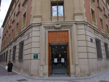Piden 5 años de internamiento en un centro psiquiátrico para un hombre de 78 años acusado de agresión sexual a su mujer