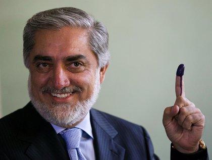 Abdulá se declara vencedor de las elecciones presidenciales