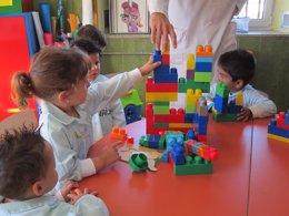 Juegos, aula, niños, rompecabezas, puzzle, curso, clase