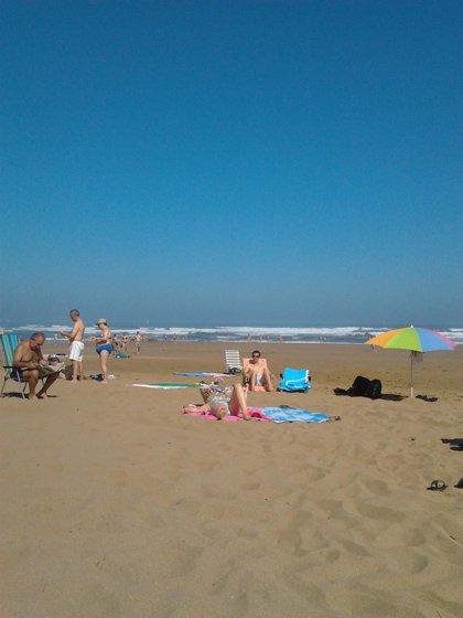 La mayoría de las playas vizcaínas exhiben bandera verde, menos seis en las que ondea la amarilla y cuatro la roja