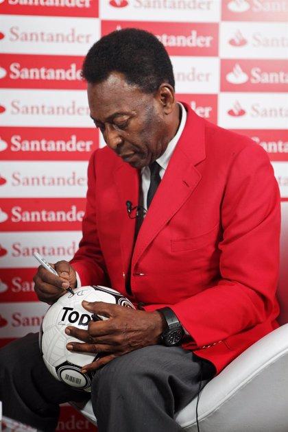 """Pelé: """"El fútbol es una caja de sorpresas, nadie esperaba esto"""""""
