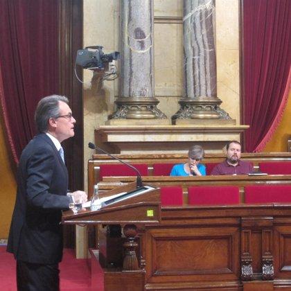 Mas censura que Catalunya deba aumentar sus aportaciones porque el Gobierno central las reduce