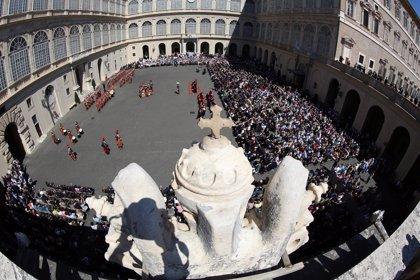 """El Vaticano anuncia reformas """"para mejorar la gestión económica y administrativa"""""""
