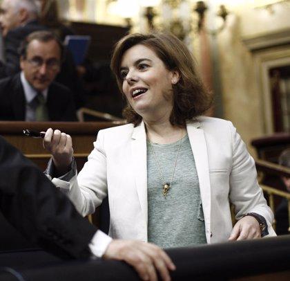 """La vicepresidenta dice que es """"mentira"""" que se vaya a privatizar el Registro Civil y garantiza que no habrá aranceles"""