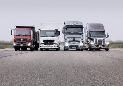 Las ventas de camiones y autobuses suben un 30,4%