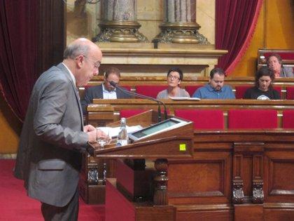 Boi Ruiz reitera que ningún paciente dejará de ser atendido por el cierre de camas en verano