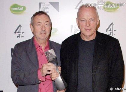 David Crosby y Graham Nash cantan en el nuevo disco de Pink Floyd