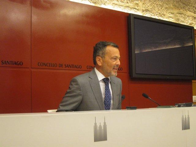 El alcalde de Santiago, Agustín Hernández
