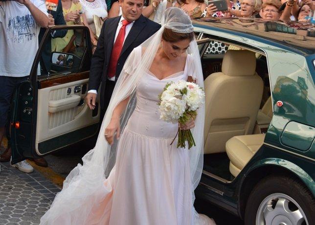 Su boda, la mejor presentación de Lourdes como diseñadora