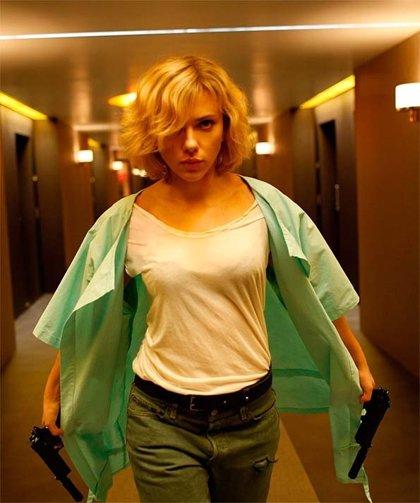 Scalett Johansson mete miedo en la nueva imagen de Lucy