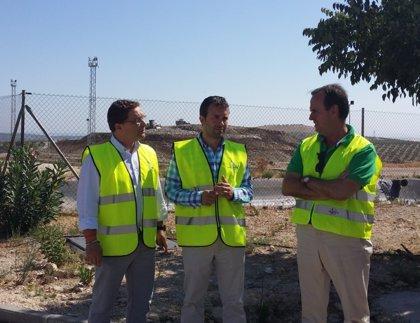 Junta y Diputación visitan el complejo medioambiental Sierra Sur, que presta servicio a más de 200.000 jiennenses