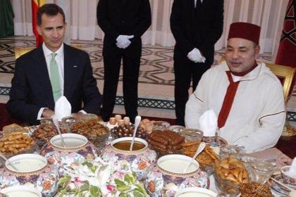 Unos 300 invitados acuden al desayuno de Ramadán ofrecido por Mohamed VI a los Reyes de España