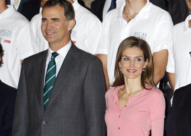 Reyes en las becas fundación Universidad Francisco de Victoria
