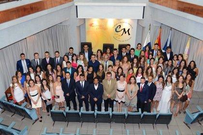 Cincuenta y cinco nuevos médicos formulan el Juramento Hipocrático en Tenerife